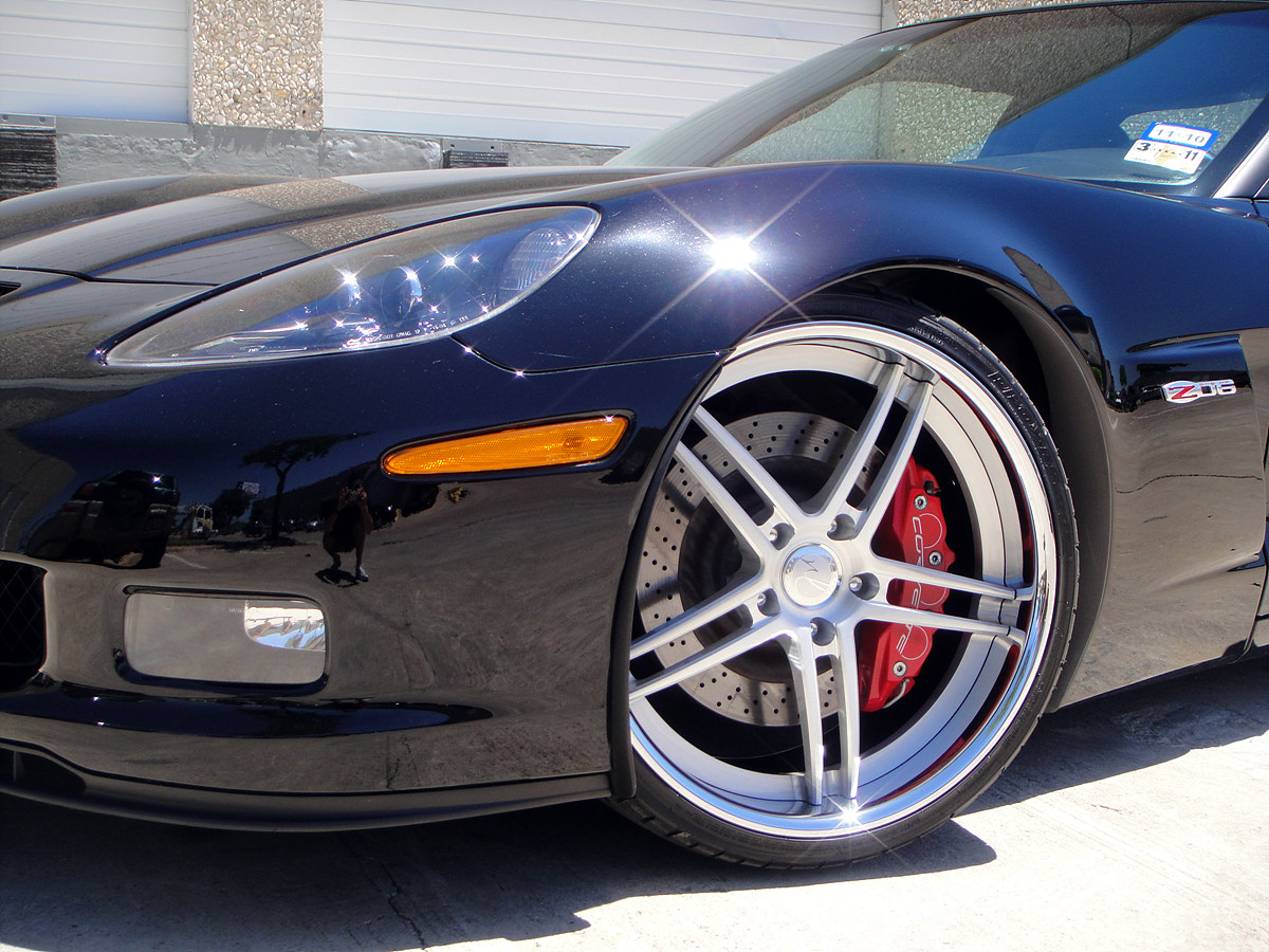 """2007 Z06 on 20"""" Modulare D1"""