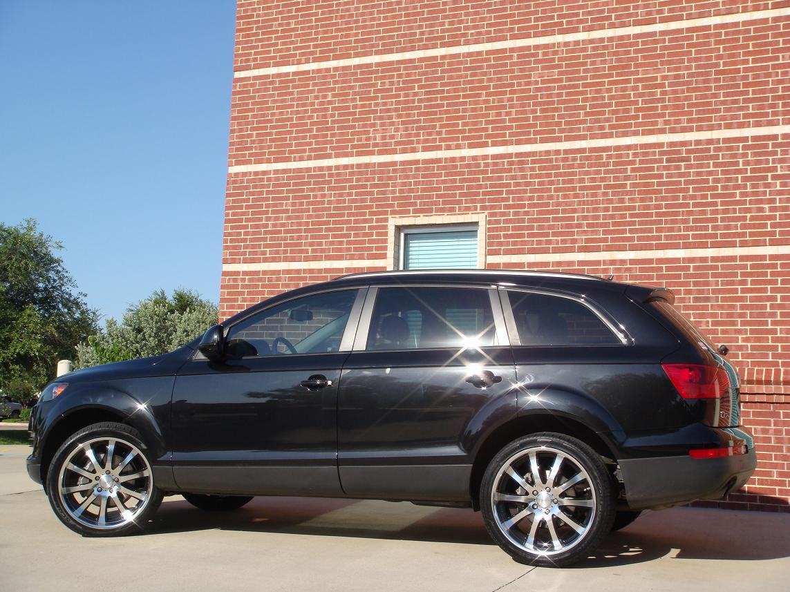 2008 audi q7 on 22 deluxe design d10 diamond black finish 6speedonline porsche forum and. Black Bedroom Furniture Sets. Home Design Ideas