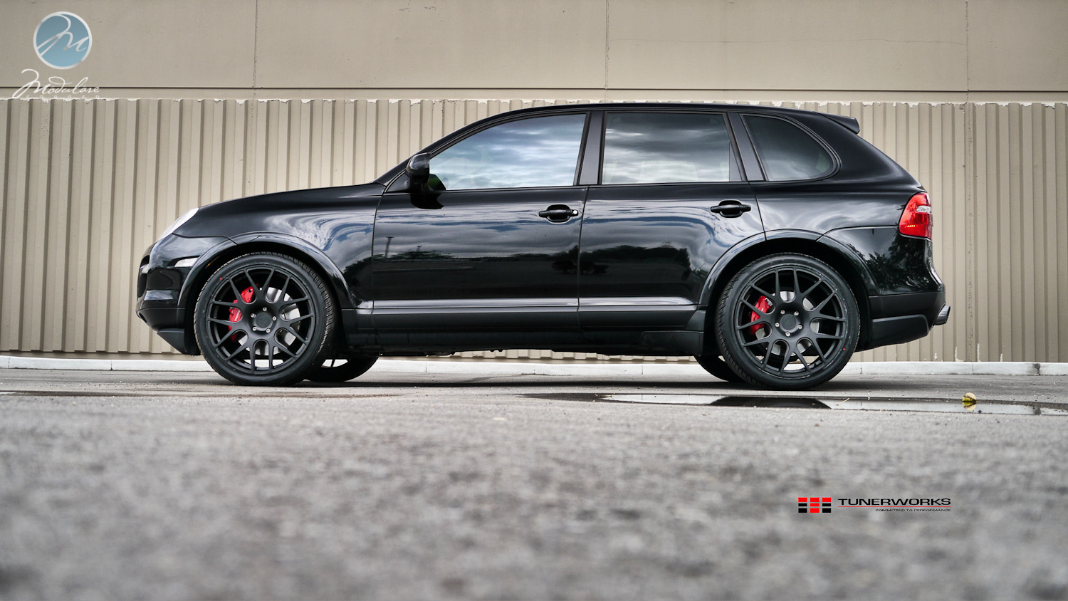 porsche cayenne lowered with Showthread on Techart Porsche Cayenne GrandGT Bodykit 2017 13 Tuning furthermore 2018 Porsche Cayenne Global Details 884755 likewise 498 2013 991 Carrera S Hre P40sc Wheels Brembo Brakes And Techart Aero further Onyx Bentley Continental Gt Platinum Gto additionally 0402st Djm Lowering Kit Dodge Ram.
