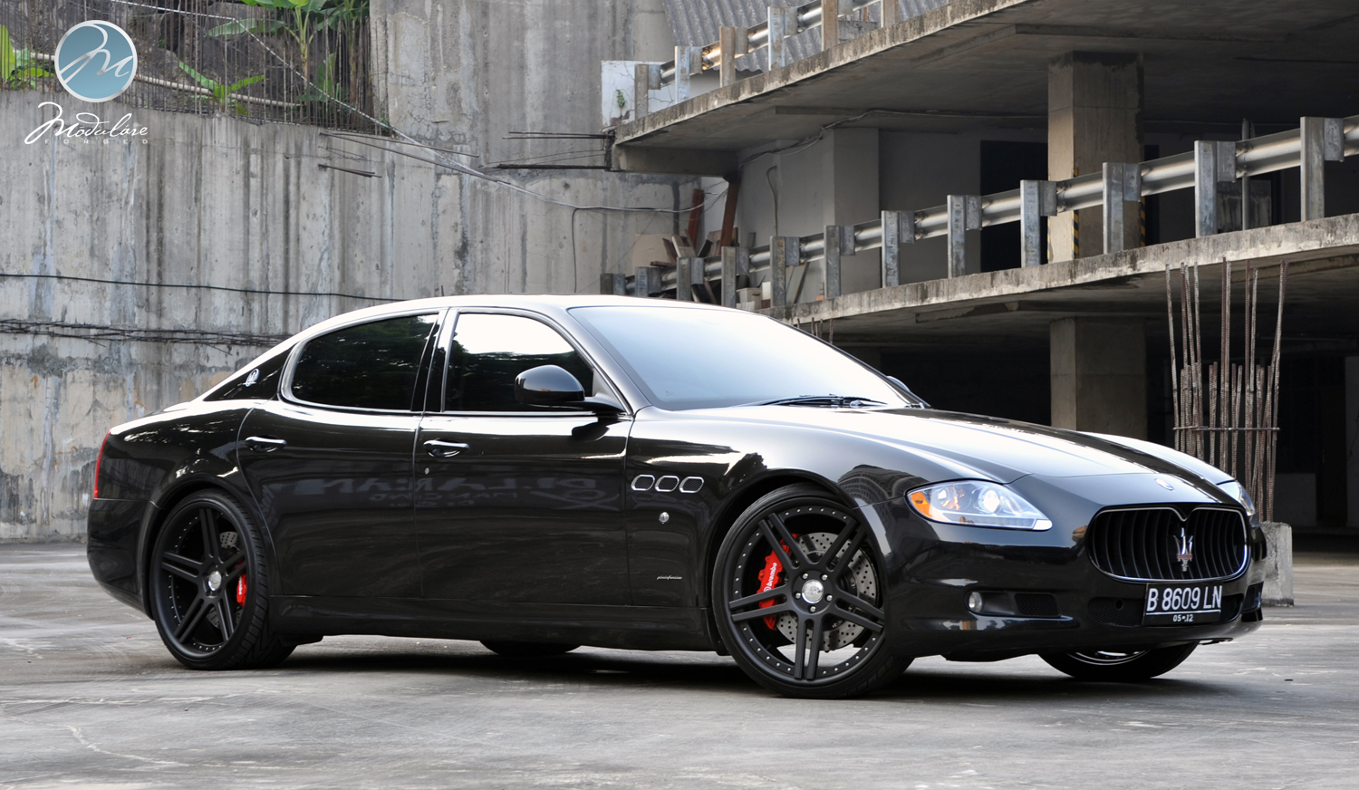 Blacked out maserati quattroporte