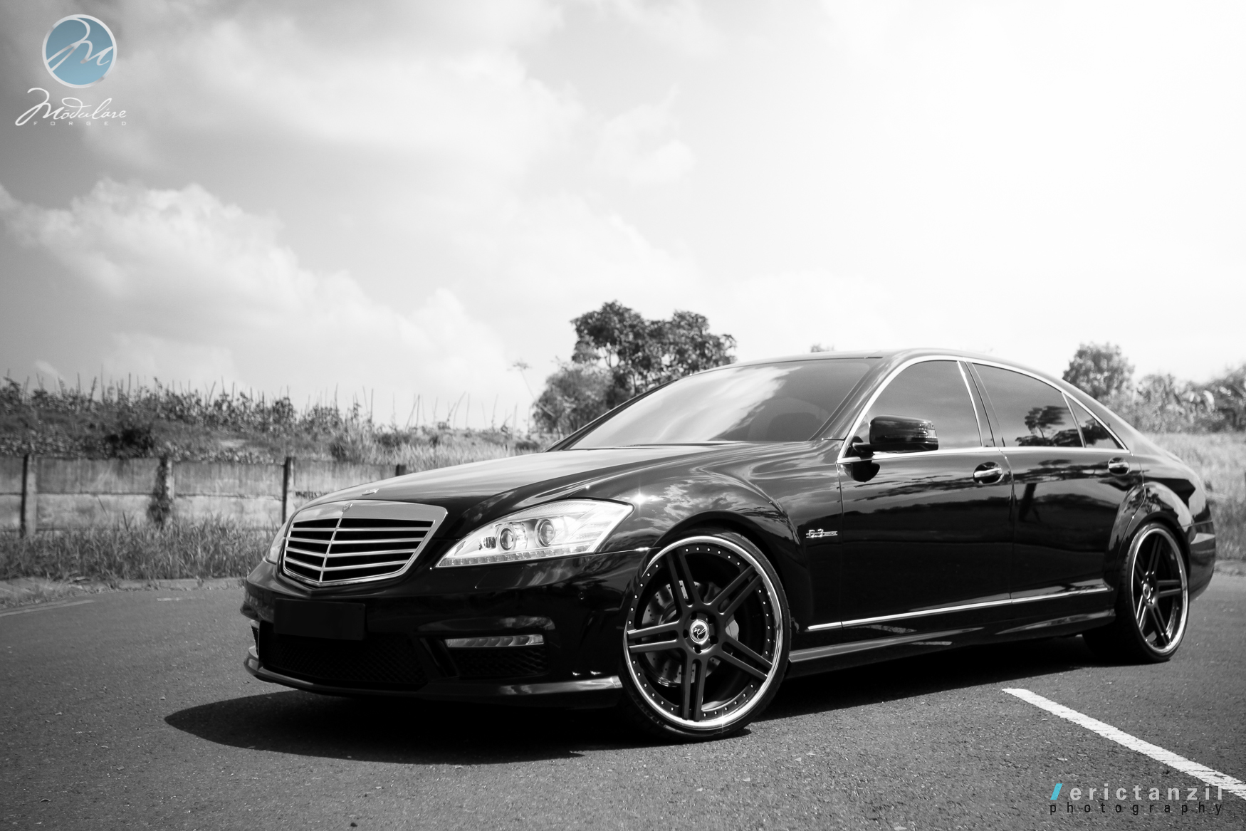 modulare wheels photoshoot 2011 mbz s63 amg 22 modulare c11 satin black. Black Bedroom Furniture Sets. Home Design Ideas