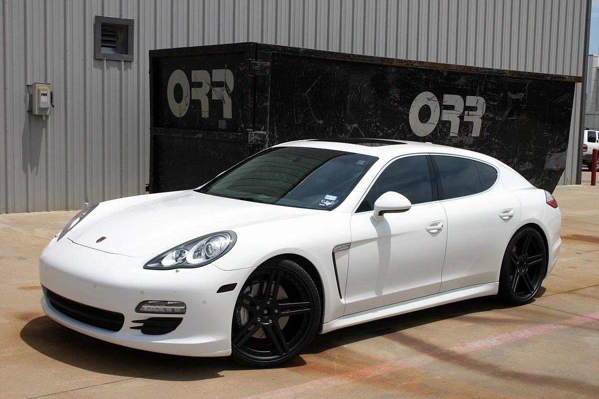 white panamera s with 22 modulare c11 wheels in full satin black - Porsche Panamera Black And White