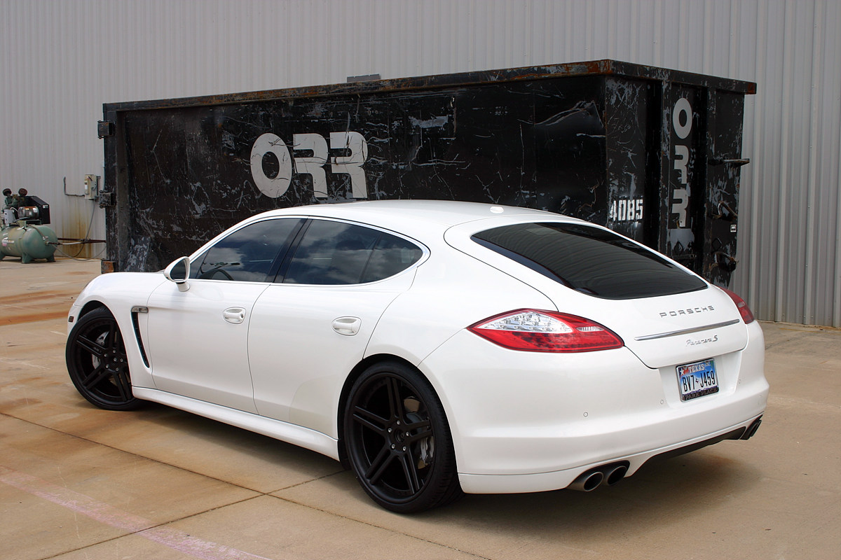 white panamera s with 22 modulare c11 wheels in full satin black 6speedonline porsche forum and luxury car resource