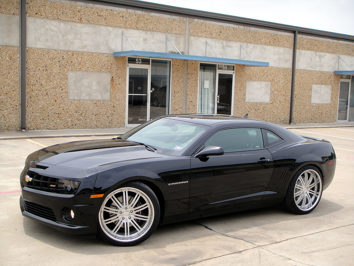 22 modulare m13 brushed wheels shown on 2010 camaro ss. Black Bedroom Furniture Sets. Home Design Ideas