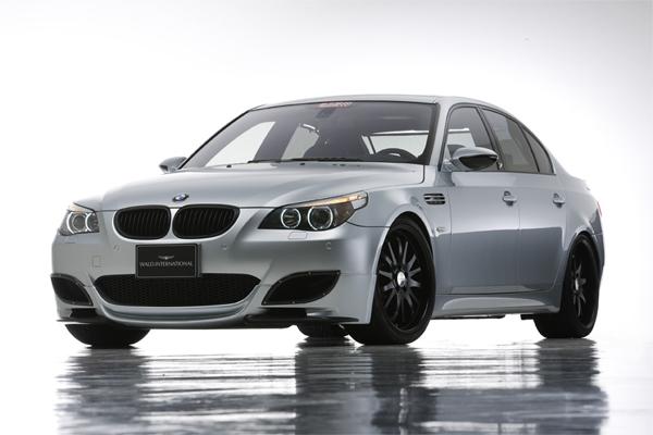 BMW_M5_E60_01