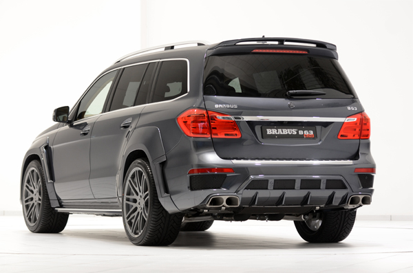 BRABUS B63 620 WIDESTAR based on the Mercedes GL 63 AMG 02