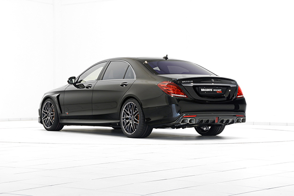 BRABUS ROCKET 900 based on the Mercedes S 65 2